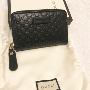 GUCCI Black Leather Wallet Authentic from Italy!